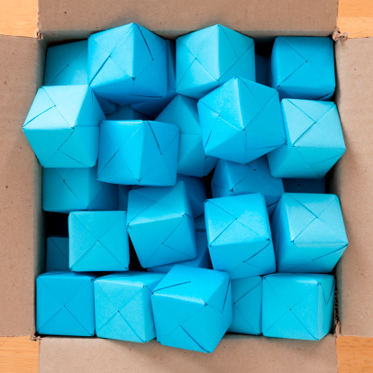Paper Craft「Boxed blue cubes」:スマホ壁紙(3)