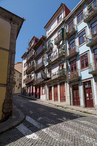 バケーション「Quiet street in Porto」:スマホ壁紙(8)