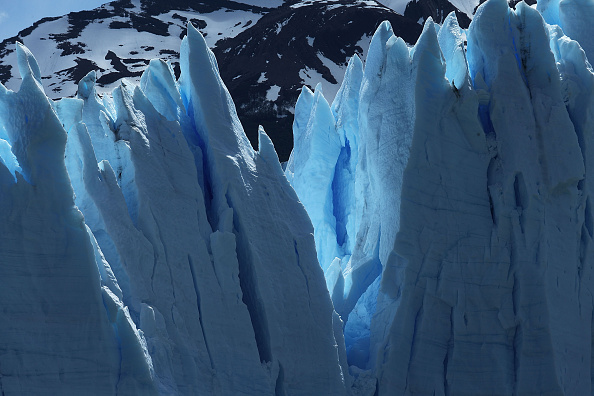 Melting「Global Warming Impacts Patagonia's Massive Glaciers」:写真・画像(18)[壁紙.com]