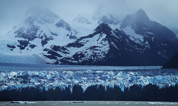 Melting「Global Warming Impacts Patagonia's Massive Glaciers」:写真・画像(17)[壁紙.com]