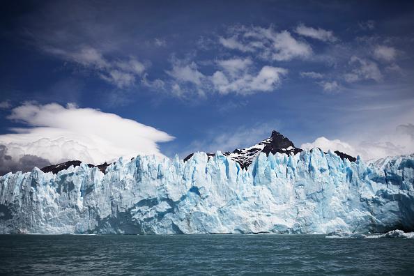 モレノ氷河「Global Warming Impacts Patagonia's Massive Glaciers」:写真・画像(15)[壁紙.com]