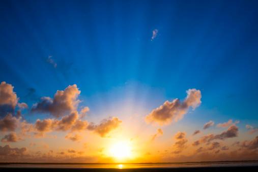 Cloud - Sky「Mystical holy rays」:スマホ壁紙(1)