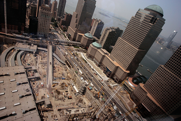 Insurance「Construction Continues At World Trade Center Site」:写真・画像(15)[壁紙.com]