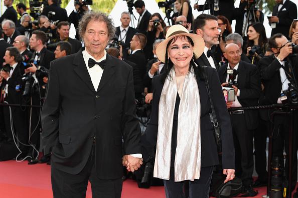 アンナ・カリーナ「'Everybody Knows (Todos Lo Saben)' & Opening Gala Red Carpet Arrivals - The 71st Annual Cannes Film Festival」:写真・画像(17)[壁紙.com]