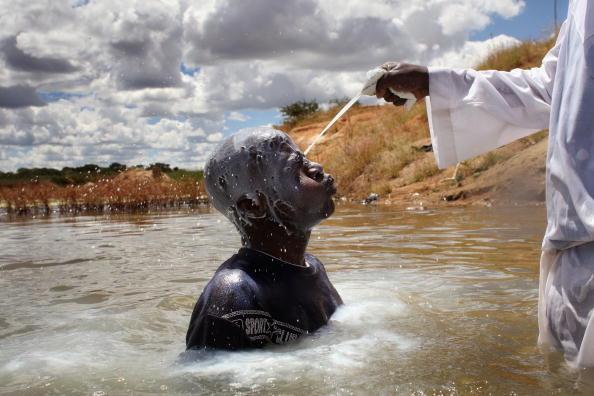Church「Evangelical Churches Swell As Zimbabweans Turn To Faith」:写真・画像(15)[壁紙.com]
