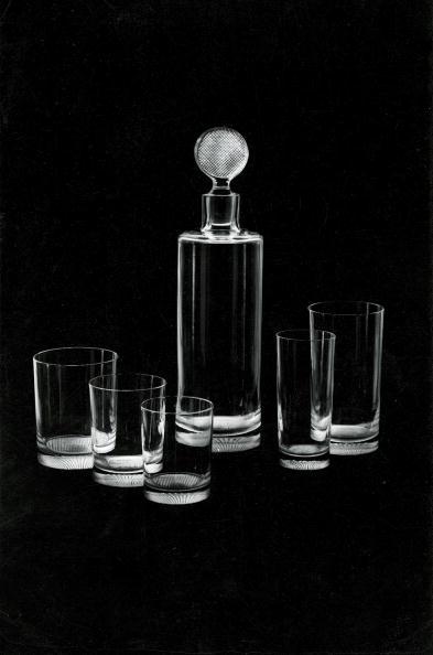 Drinking Glass「Glass service designed by Adolf Loos」:写真・画像(8)[壁紙.com]