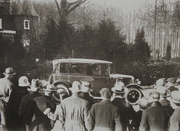 Guest「Arrival Of Well-Wishers On The 70Th Birthday Of Germans Ex-Emperor William Ii (1859-1941) In His Exile In Doorn / Holland. January 1929. Photograph.」:写真・画像(12)[壁紙.com]