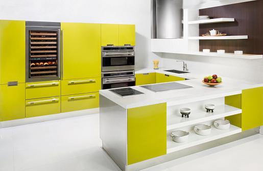 Gulf Coast States「Countertops and oven in modern kitchen」:スマホ壁紙(0)