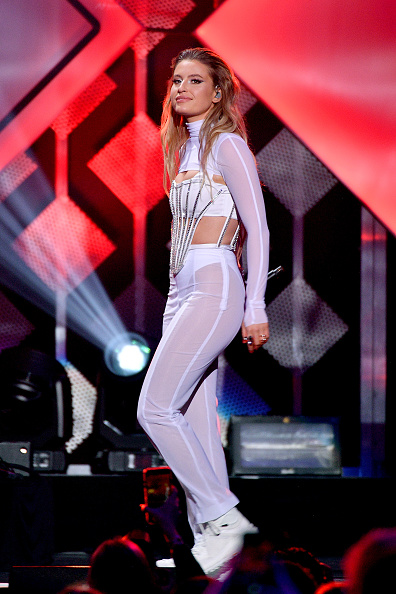 Dia Dipasupil「iHeartRadio's Z100 Jingle Ball 2019 Presented By Capital One - Show」:写真・画像(18)[壁紙.com]