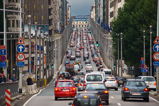 Belgium「European Quarter, traffic in Rue (street) de la Loi」:スマホ壁紙(8)