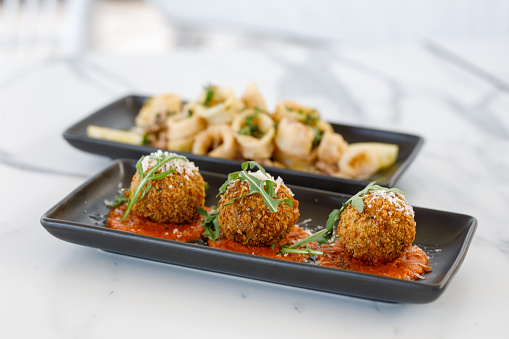 Appetizer「Italian Food - Arancini Balls with pumpkin, rosemary, three cheeses and romesco」:スマホ壁紙(9)