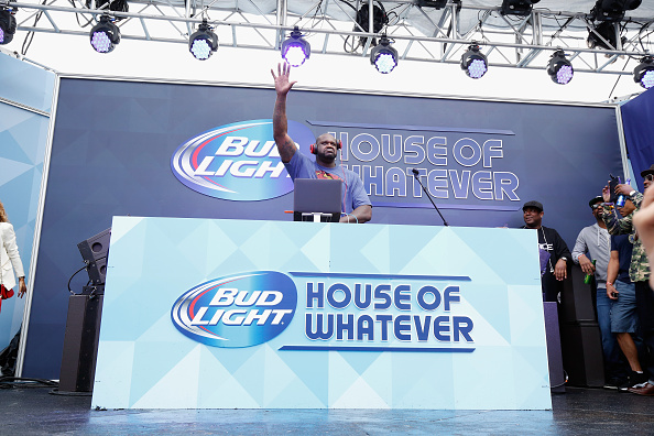 One Man Only「Bud Light House Of Whatever At Super Bowl XLIX - Day 2」:写真・画像(11)[壁紙.com]