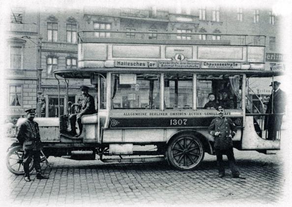 City Life「Omnibus, Berlin - early 20th century」:写真・画像(3)[壁紙.com]
