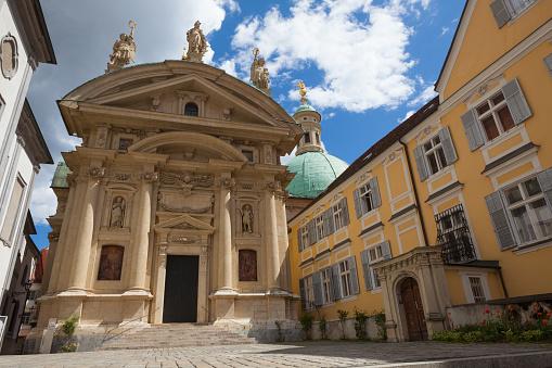 Graz「Graz (Austria) Mausoleum」:スマホ壁紙(16)