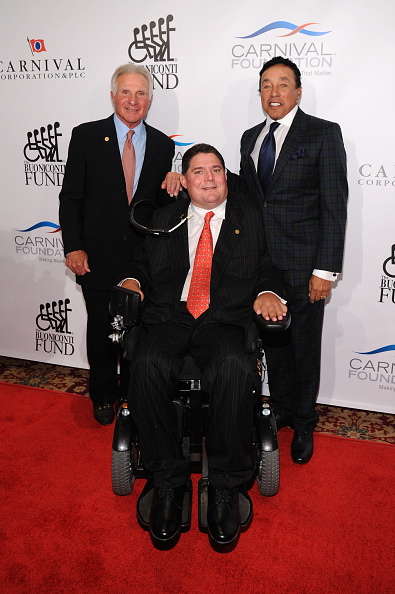 Bryan Bedder「29th Annual Great Sports Legends Dinner To Benefit The Buoniconti Fund To Cure Paralysis - Arrivals」:写真・画像(10)[壁紙.com]