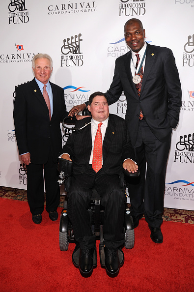 Bryan Bedder「29th Annual Great Sports Legends Dinner To Benefit The Buoniconti Fund To Cure Paralysis - Arrivals」:写真・画像(12)[壁紙.com]