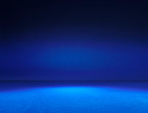 Blue Background「Empty Photography Studio.」:スマホ壁紙(9)