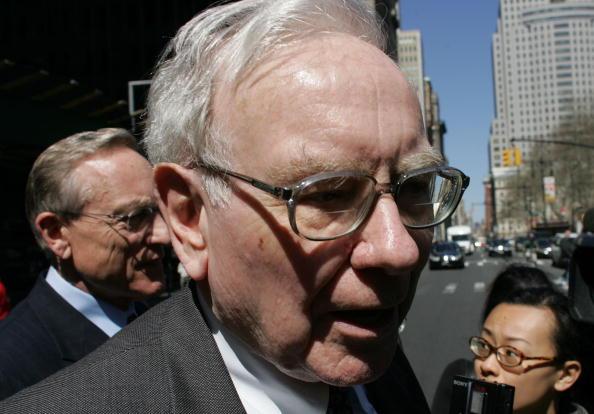 AIG「Warren Buffett Questioned About AIG Insurance Deal」:写真・画像(19)[壁紙.com]