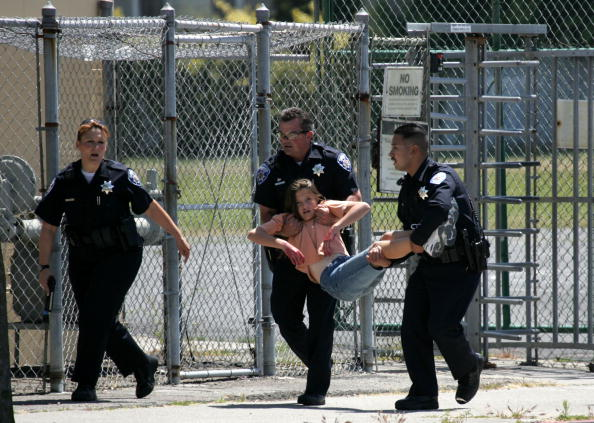 Education「California School Conducts Shooting And Evacuation Drill」:写真・画像(17)[壁紙.com]