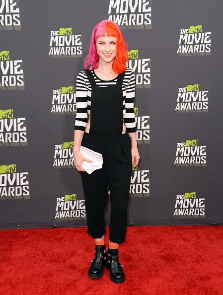 Bib Overalls「2013 MTV Movie Awards - Arrivals」:写真・画像(17)[壁紙.com]