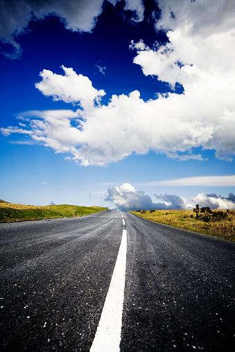 Empty Road「Long road」:スマホ壁紙(12)