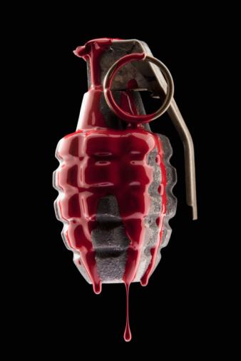 Battle「Red paint on grenade」:スマホ壁紙(14)