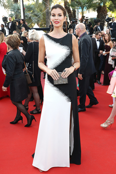 "Two-Toned Dress「""Julieta"" - Red Carpet Arrivals - The 69th Annual Cannes Film Festival」:写真・画像(15)[壁紙.com]"