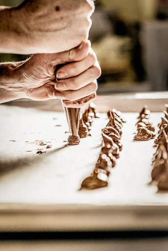 Hand「Seulement le chocolat, toujours」:スマホ壁紙(0)