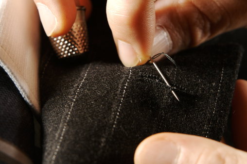 Embroidery「Tailor at work」:スマホ壁紙(7)