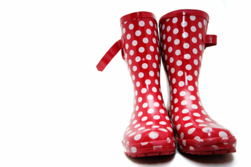 雨「レッドのブーツ」:スマホ壁紙(10)