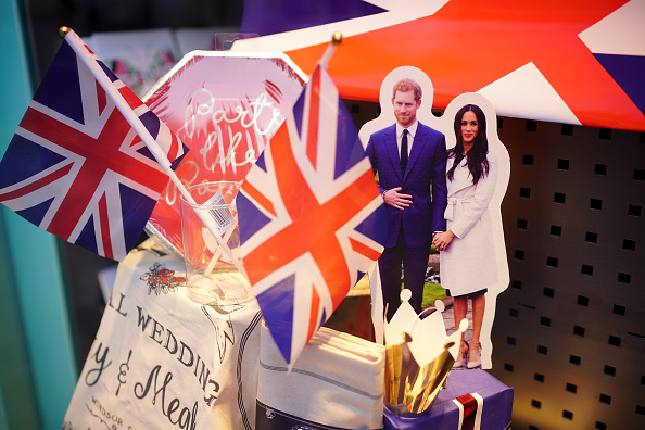 Souvenir「Preparations for Royal Wedding of Harry and Meghan」:写真・画像(3)[壁紙.com]