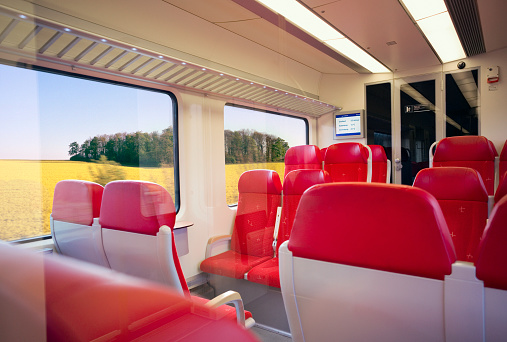 North Brabant「Traveling at high speed by modern commuter train」:スマホ壁紙(6)