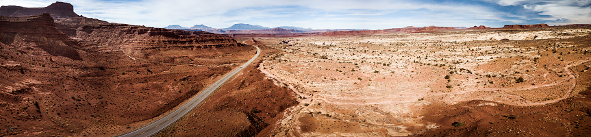 Wilderness Area「Traveling along Utah canyons - Road trip in the western of the United States」:スマホ壁紙(13)