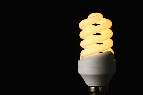 Light Bulb「British Gas Controversially Increases Its Energy Prices」:写真・画像(16)[壁紙.com]