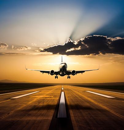 Approaching「Landing at sunset」:スマホ壁紙(4)