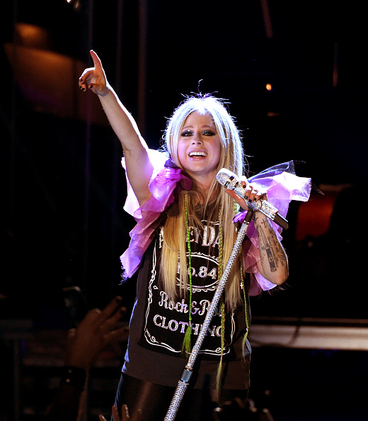 アヴリル・ラヴィーン「Avril Lavigne In Concert - Los Angeles, CA」:写真・画像(16)[壁紙.com]
