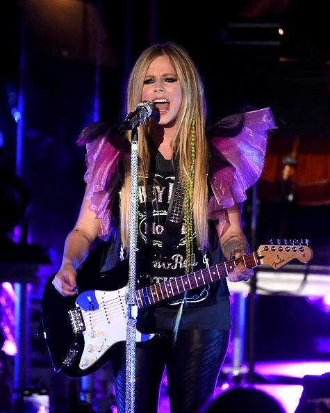 アヴリル・ラヴィーン「Avril Lavigne In Concert - Los Angeles, CA」:写真・画像(8)[壁紙.com]