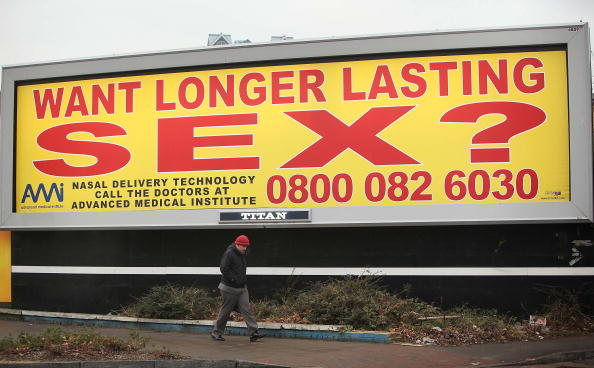 Spray「Controversial Sex Adverts Adorn London」:写真・画像(14)[壁紙.com]