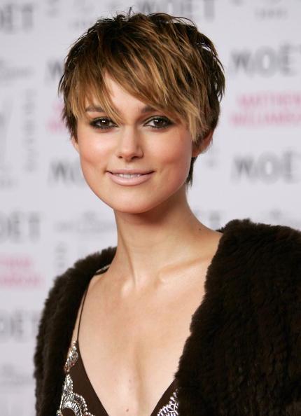 Short Hair「London Fashion Week - Fashion Tribute to Mathew Williamson」:写真・画像(15)[壁紙.com]