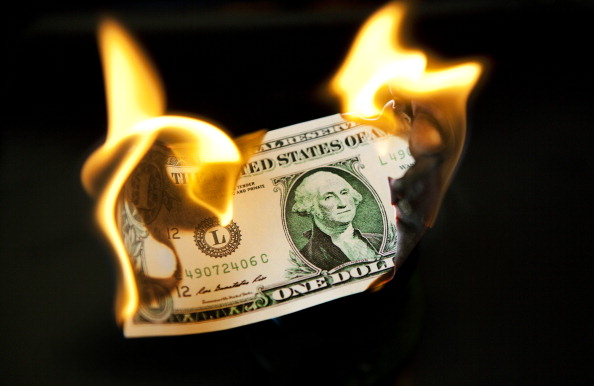Black Background「Dollar In Flames」:写真・画像(3)[壁紙.com]