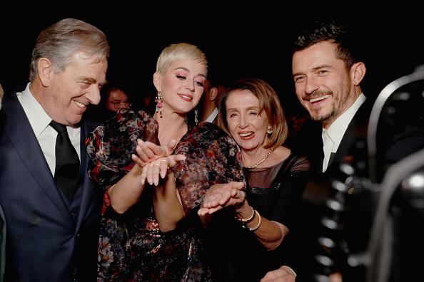 オーランド・ブルーム「MusiCares Person Of The Year Honoring Dolly Parton – Inside」:写真・画像(8)[壁紙.com]