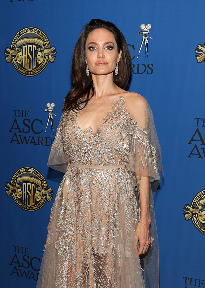 Angelina Jolie「32nd Annual American Society Of Cinematographers Awards」:写真・画像(18)[壁紙.com]
