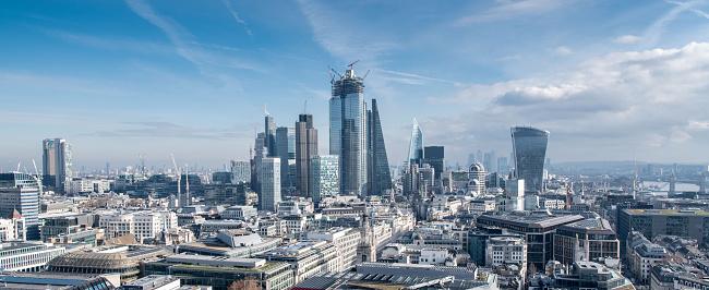 Banking「London Financial District Skyline」:スマホ壁紙(5)