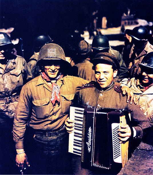 Torgau Link Up 1945:ニュース(壁紙.com)