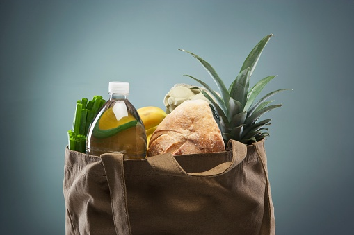 Environmental Conservation「Groceries in Tote Bag」:スマホ壁紙(18)