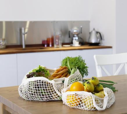 Reusable Bag「Groceries in reusable shopping bags」:スマホ壁紙(11)