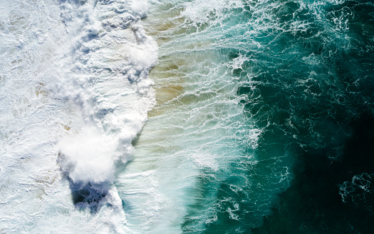 Pacific Ocean「Aerial vision, drone capture of the North Shore Oahu, Hawaii.」:スマホ壁紙(10)