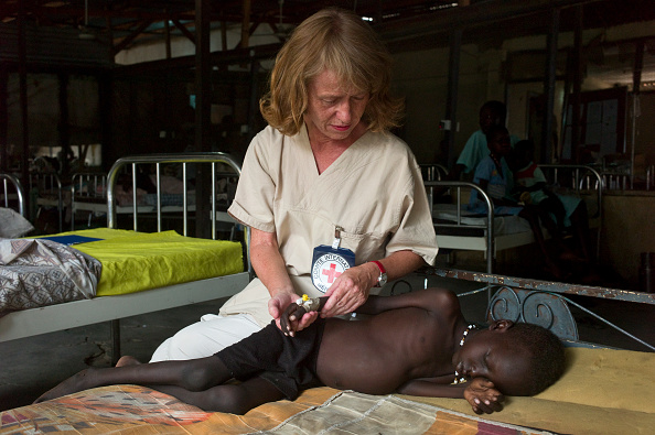 Caucasian Ethnicity「Red Cross Hospital In South Sudan」:写真・画像(6)[壁紙.com]