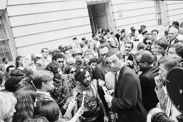 Photography Themes「Protestors Interviewed Outside 1968 Democratic National Convention」:写真・画像(10)[壁紙.com]