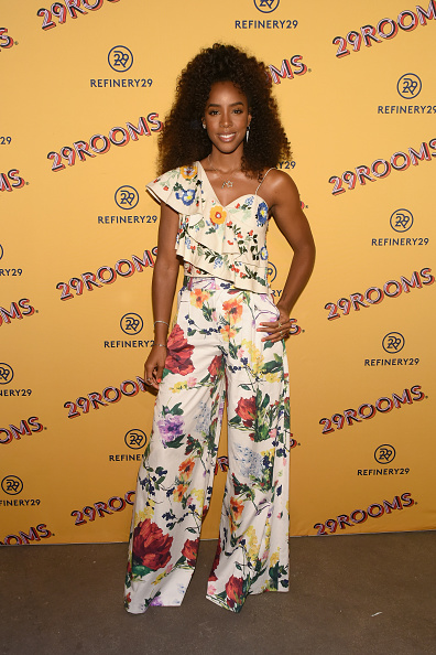 Floral Pattern「Refinery29's 29Rooms Chicago: Turn It Into Art Opening Party 2018」:写真・画像(18)[壁紙.com]